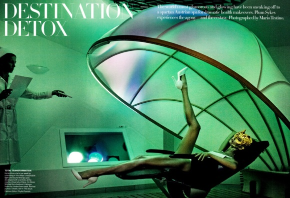 'Destination Detox' Karlie Kloss_by_Mario Testino_US Vogue_July 2013_01